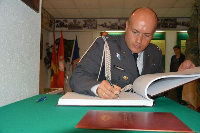 Pożegnanie majora pilota Dariusza Popławskiego