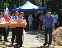Uroczysty pogrzeb ekshumowanych żołnierzy radzieckich
