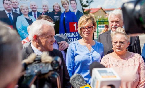 Miller i Marczuk w Tomaszowie apelowali o udział w wyborach do PE