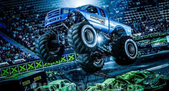 Ekstremalny Dzień Dziecka z Monster Truckami w Atlas Arenie (foto)
