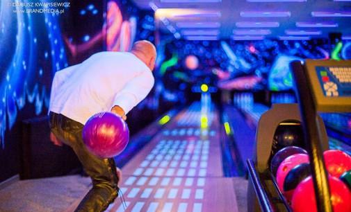 Otwarto profesjonalny klub bowlingowy w Tomaszowie.