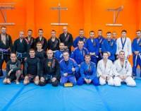Tomaszowskie MMA ma się dobrze. Seminarium BJJ w Barbarian Fight Club (wideo)