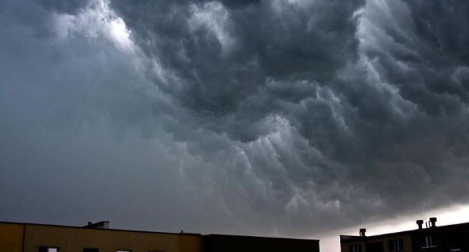 Drugi stopień zagrożenia burzami z gradem!