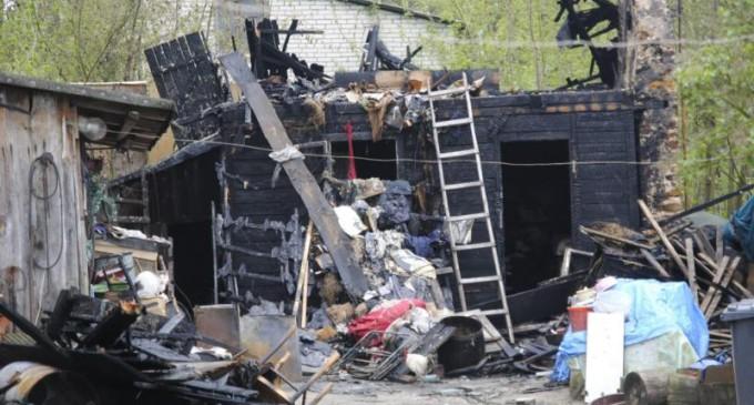 Uderzenie pioruna prawdopodobną przyczyną pożaru w Inowłodzu