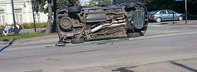 Wypadek na ul. Dworcowej w Tomaszowie