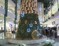 Galerie kuszą świątecznym wystrojem (wideo)