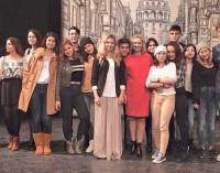 """Tomaszowski Teatr """"TRZCINA"""" w Turcji"""
