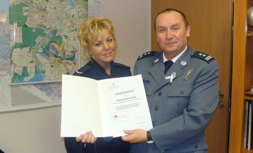 Policjantka z Tomaszowa wyróżniona za pomoc osobom dotkniętym przemocą w rodzinie