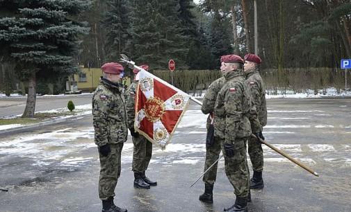 Przekazanie obowiązków dowódcy 25 batalionu dowodzenia