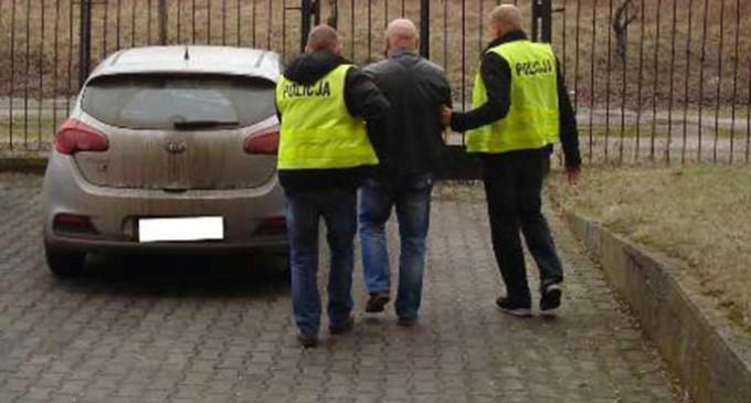 9 osób z terenu Tomaszowa Mazowieckiego i okolic zatrzymanych. Zarabiali na prostytucji