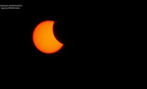 Zaćmienie Słońca nad Tomaszowem (film i zdjęcia)
