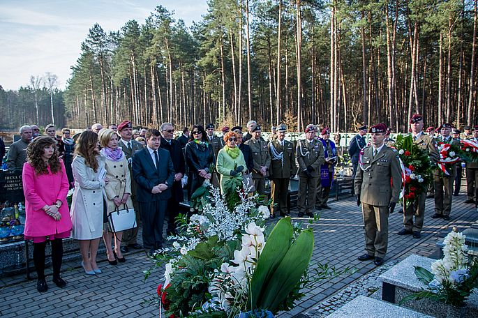 10.04.2015_TP_Obchody katastrofy smolenskiej_3