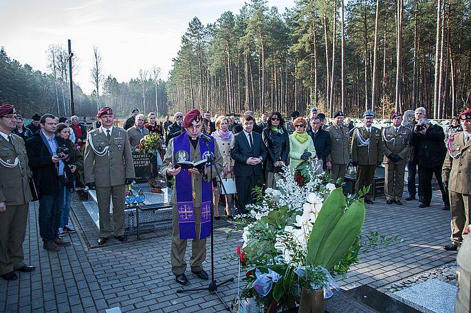 10.04.2015_TP_Obchody katastrofy smolenskiej_4