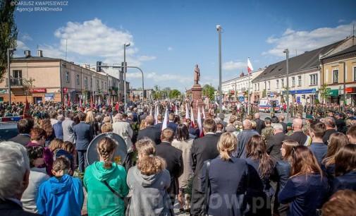 Obchody 224. rocznicy uchwalenia Konstytucji 3 Maja w Tomaszowie (ZDJĘCIA)