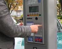 Płatne parkowanie w pytaniach i odpowiedziach. Jak obsługiwać parkomat?