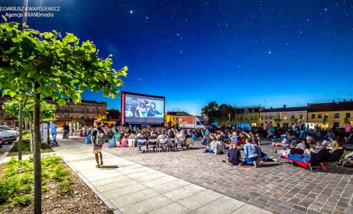 Plenerowe kino ponownie na placu Kościuszki (ZDJĘCIA)