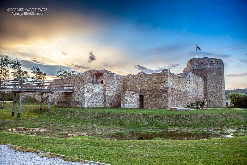 zamek-w-inowlodzu
