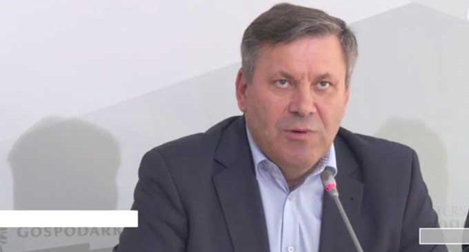 """Minister Gospodarki: """"Pranie, zmywanie, prasowanie – po godzinie 17"""" (WIDEO)"""