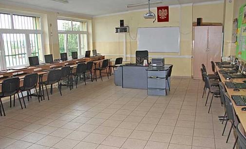 200 nowych komputerów trafiło do tomaszowskich szkół