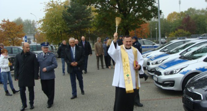 Nowe radiowozy dla tomaszowskiej Policji