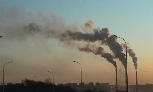Zanieczyszczenie powietrza w Tomaszowie. Opoczno i Tomaszów podjęły współpracę