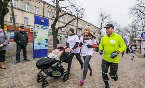 Charytatywny Bieg Walentynkowy i Festyn Rodzinny. Zebrano ponad 4,5 tys. zł na USG dla noworodków