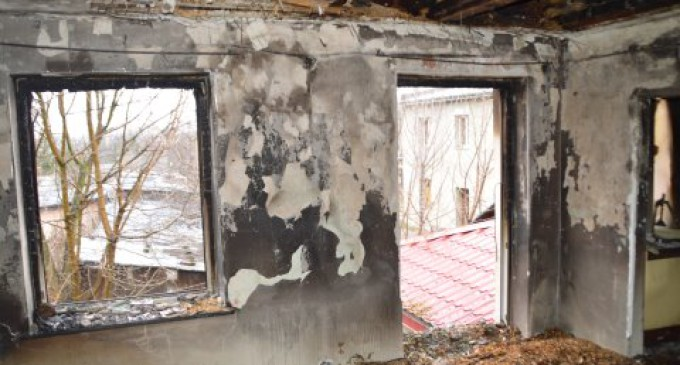 Pożar w kamienicy przy ul. Warszawskiej. Nie żyje 59-letni mężczyzna
