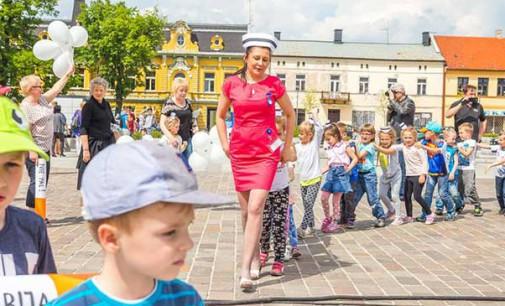Dzień Pielęgniarek i Położnych na pl. Kościuszki (ZDJĘCIA)
