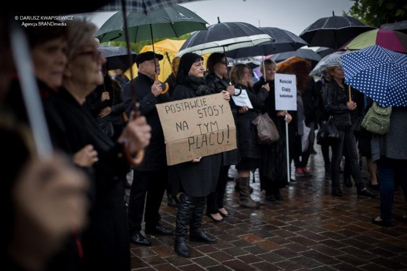 czarny_protest_tomaszow-2
