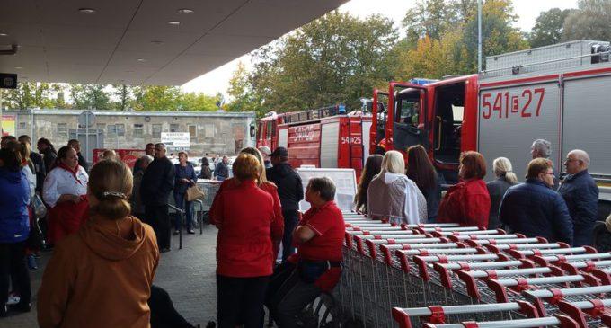 Ewakuacja w Kauflandzie. Włączyła się czujka pożarowa (ZDJĘCIA)