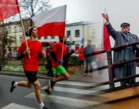 Dzień Niepodległości w Tomaszowie. Uroczystości z udziałem 25. Brygady i Bieg Niepodległości (FOTO)