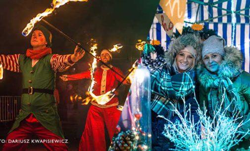 Efektowny Teatr Ognia na placu Kościuszki. Ruszył Jarmark Bożonarodzeniowy