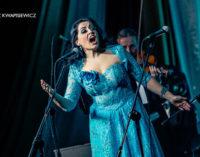 """Zapraszamy na koncert """"Najpiękniejsze polskie kolędy"""" w wykonaniu sopranistki Moniki Gruszczyńskiej"""