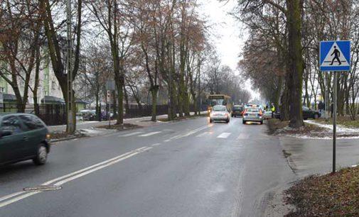 Na ul. Szerokiej 28-letni kierujący Passatem potrącił dwójkę dzieci