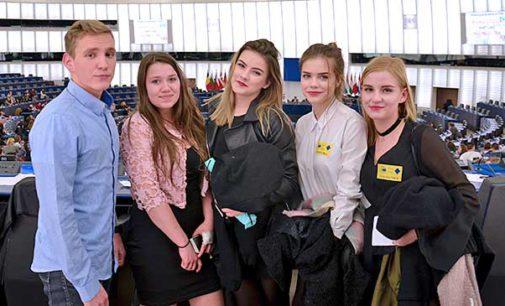 Euroscola z udziałem tomaszowskiej młodzieży