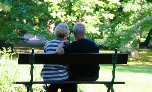 Pomoc dla osób starszych. Tomaszowska Rada Seniorów będzie dyżurować