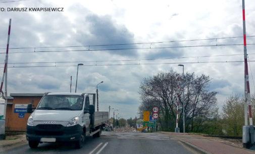 Pijany dróżnik na przejeździe na ul. Warszawskiej