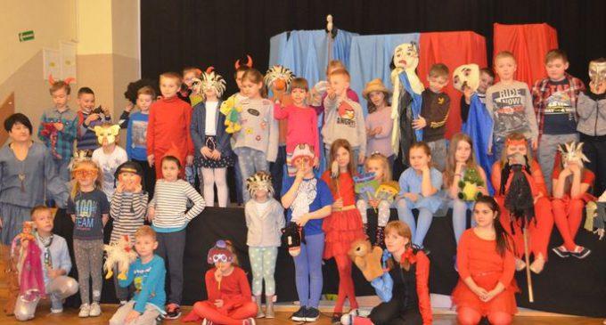 Warsztaty teatralne dla uczniów Zespołu Szkół nr 8
