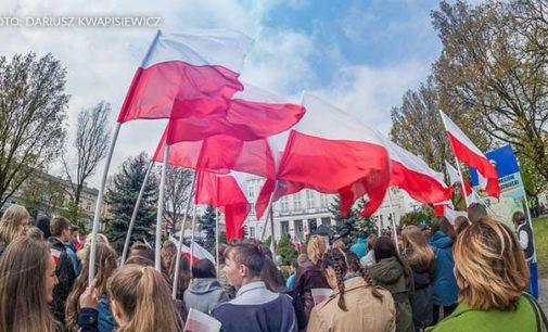 Dzień Flagi Rzeczypospolitej Polskiej w Tomaszowie Mazowieckim (ZDJĘCIA)
