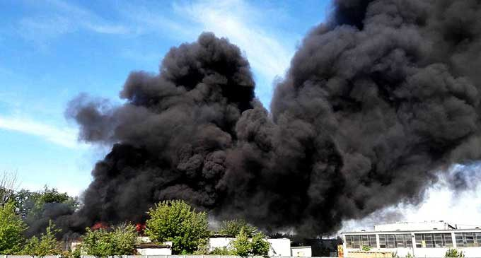 Pożar sortowni na terenie dawnego Wistomu