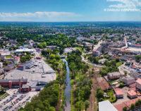 Rewitalizacja Parku Bulwary. Powstają dwie kładki nad rzeką Wolbórką (WIDEO i FOTO)