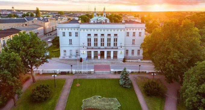 Urząd Miasta będzie czynny 15 grudnia zamiast w Wigilię