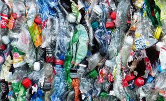 Z Urzędu Miasta oraz jednostek podległych zniknie plastik