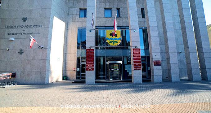 Czasowe zamknięcie starostwa powiatowego w Tomaszowie Maz.