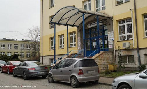 W tomaszowskim szpitalu zmarła zarażona pacjentka DPS-u w Drzewicy