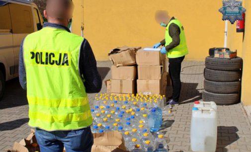Policjanci przekazali 1300 litrów alkoholu do Tomaszowskiego Centrum Zdrowia