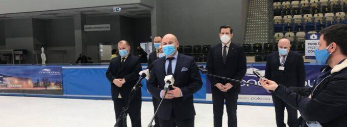 Briefing prasowy na temat Powszechnego Punktu Szczepień w Arenie Lodowej