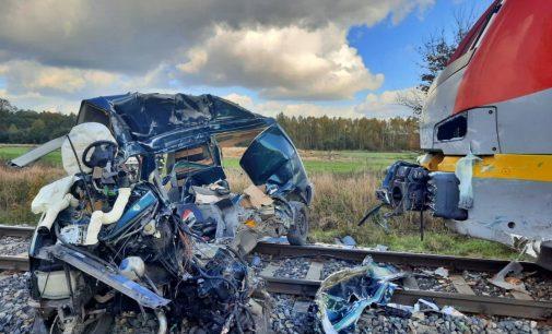 Śmiertelny wypadek na przejeździe kolejowym w Cekanowie