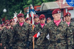 Swieto 25 brygady Antoni Macierewicz 039