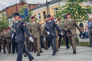 Swieto 25 brygady Antoni Macierewicz 106
